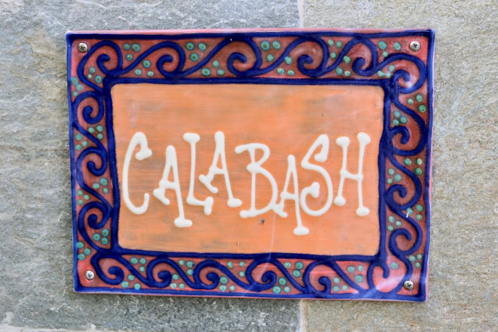 Welcome to Calabash.  Two ensuite bedrooms plus sofa bed sleeps up to five, six with a small person on the sofa !