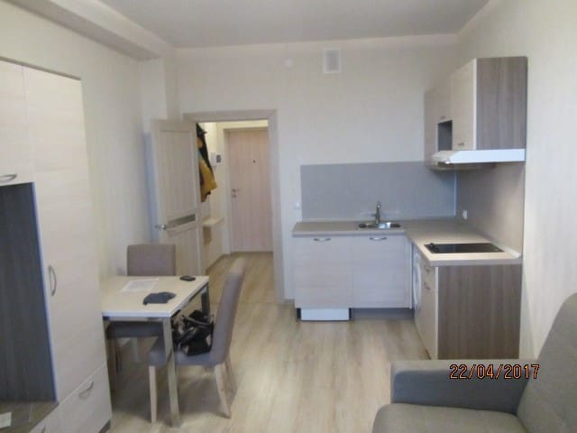 New apartment near the airport for one or couple