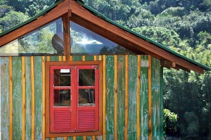 Magica casita atelier en medio de la naturaleza