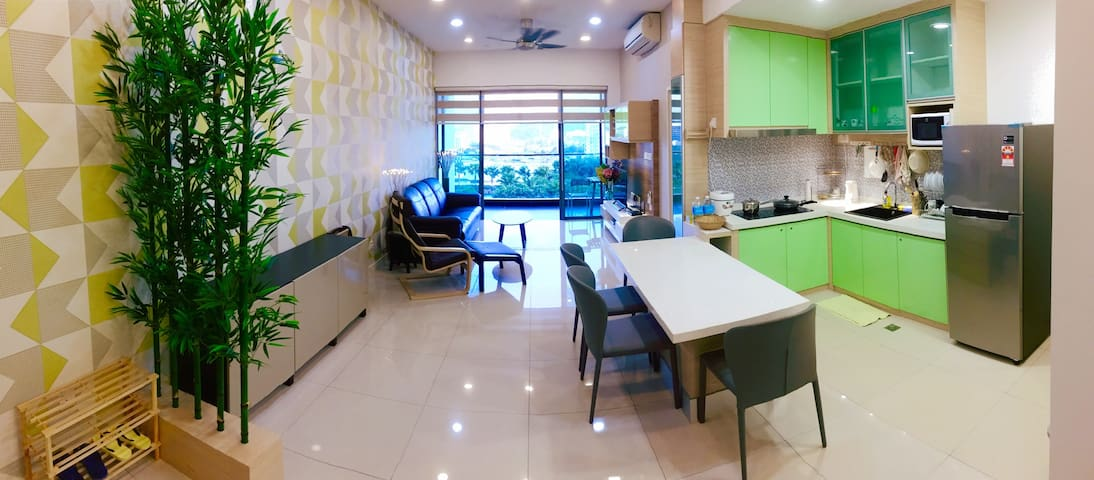 Cozy Home up to 4pax above IMAGO Shopping Mall