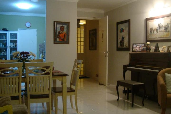 Cozy fully furnish condominium in Batu Feringhi