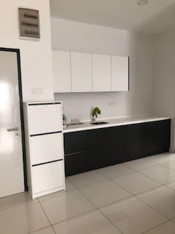 Spring Avenue Apartment