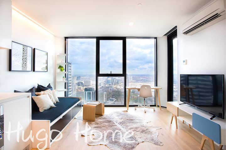 Living by the Clouds  - 1BR Apt @ Lighthouse #4