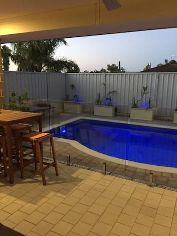 Perth northern suburb home, 11km away from beach