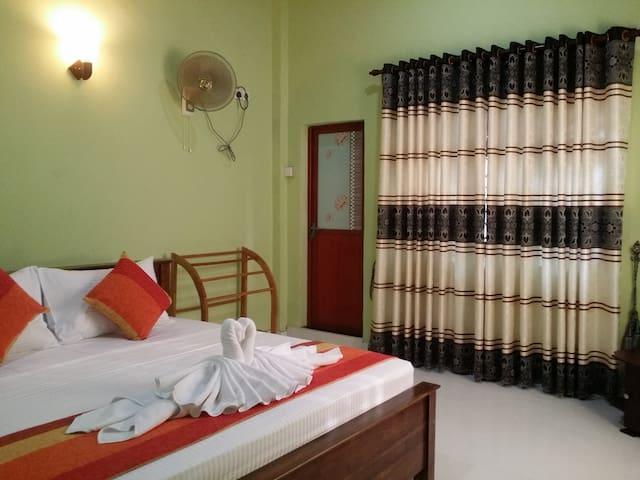 sigiriya Peacock homestay - Sigiriya - Flat