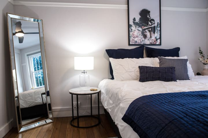 Chic Stay At Rushcutters Bay Park Close To Water