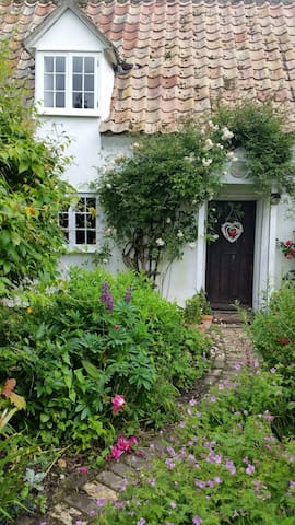 Wild Rose Cottage...live the dream! - Stow cum Quy - House