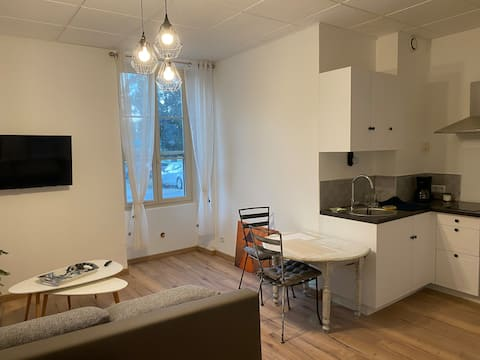 Appartement cosy en Rdc avec accès a la rivière