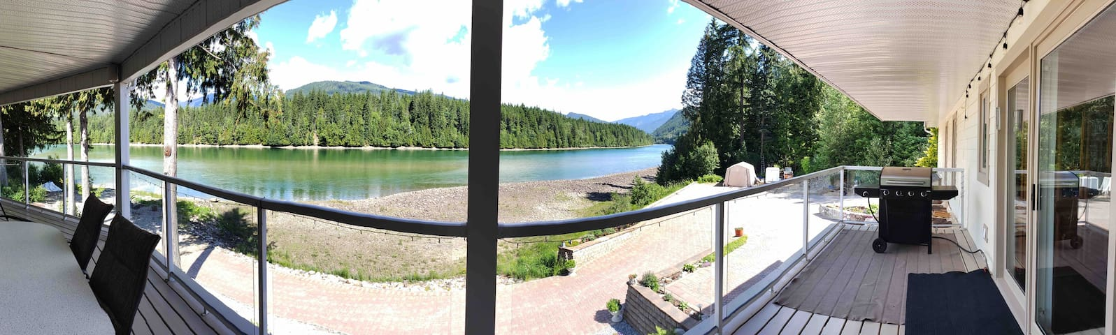 Revelstoke Riverview Retreat  home away from home!
