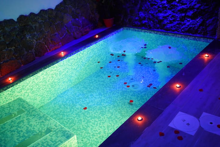 suite con piscina idromassaggio Diamond Rooms