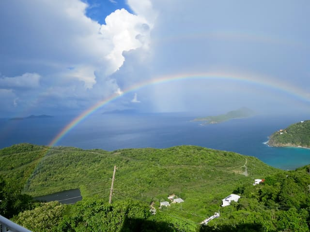 Cool Breezes & The Best View in St Thomas - Charlotte Amalie - Apartamento