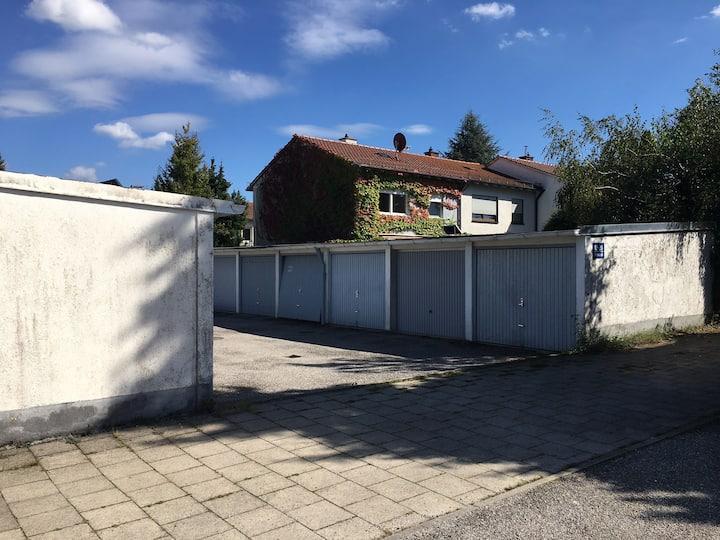 Ruhiges Zimmer in Reiheneckhaus Unterhaching 9 qm