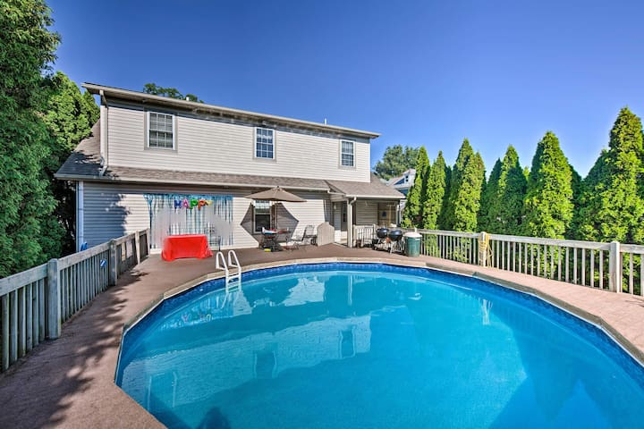 Charming Amish Country Home w/ Private Pool + BBQ!