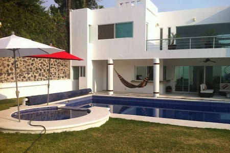 Bed & Breakfast Exclusivo / Dos Suites - Oaxtepec - Bed & Breakfast