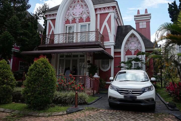3BR Villa For Family Getaway in Kota Bunga, Puncak - Cipanas - Villa