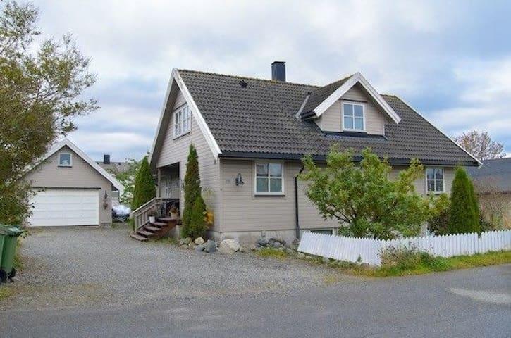 Big house Kvislabakken/Stjørdal - Stjørdal - Rumah