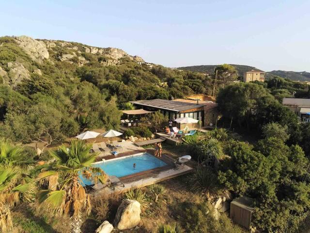 Villa avec piscine vue mer à Tizzano
