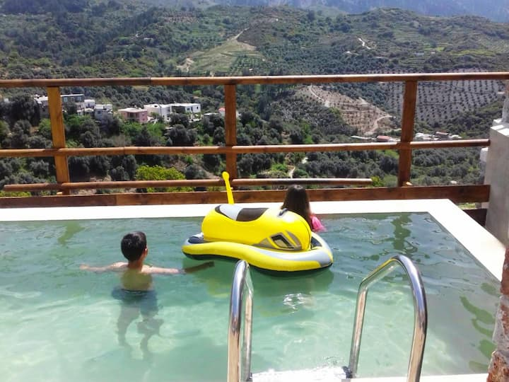 Villa Aeolus with private endless pool