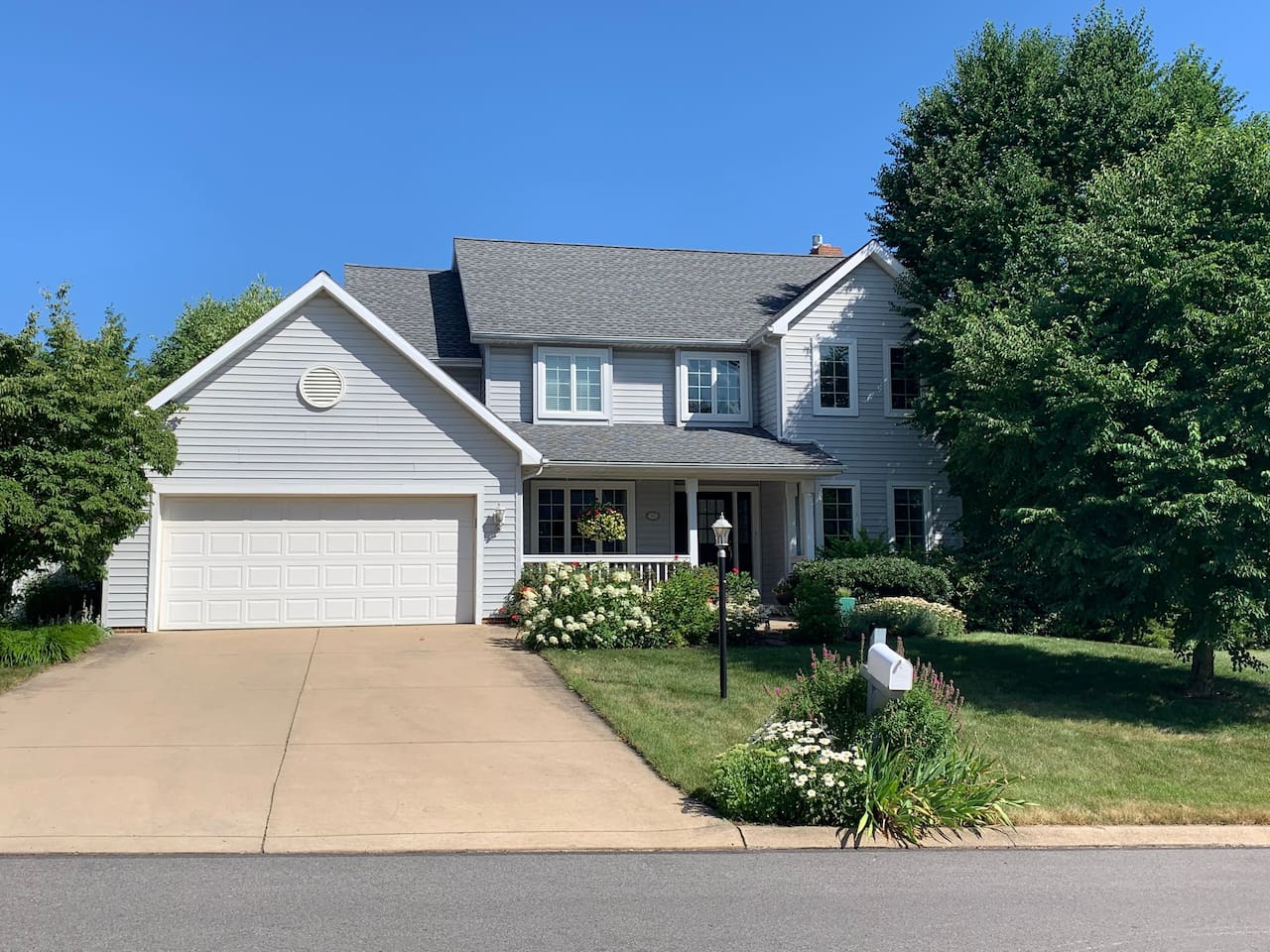Family-friendly home, close to campus, with ample parking