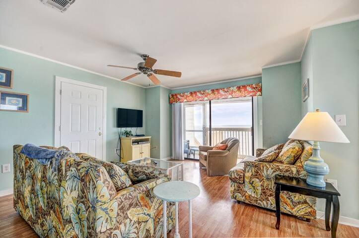 Beachfront☀3BR The Great Escape A☀Dec 24-27 $1405 Tot! Monthly $2600! Beach SVC