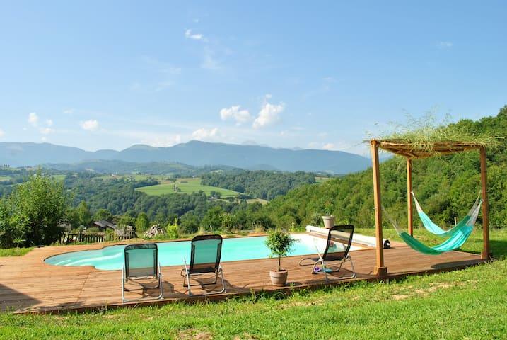 Maisons de Vacances avec vue sur les Pyrénées