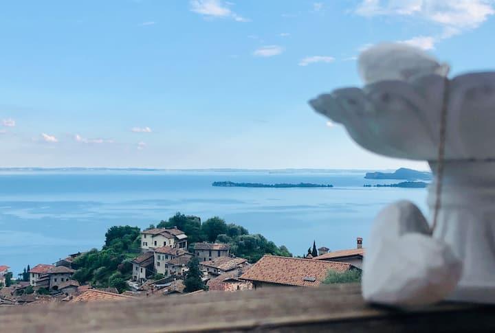 Appartamento con vista mozzafiato -Gardone Riviera