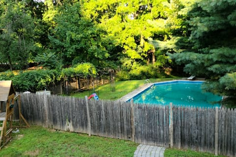 Monsey Home Located in the heart of Forshay w/POOL