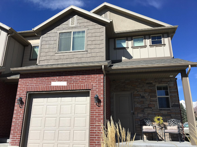 BRAND NEW modern home close to everything you need - Cedar Hills - Hus