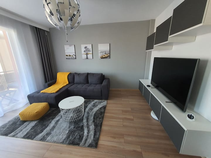 Smart Express Apartment