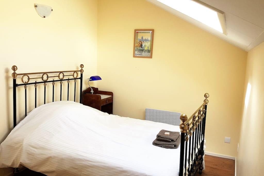 Chataignier has 3 bedrooms