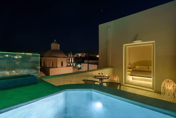 Ikies Filoxenia-Amvrosia jacuzzi Apartment By JV