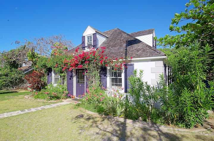 Charming 1 BR 1.5 BA 19th Century Cottage