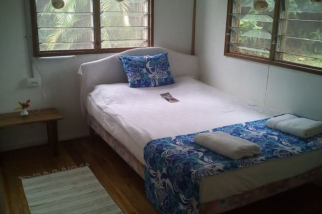 one of the two bed rooms