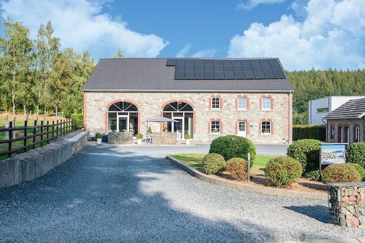 Casa de vacaciones con encanto en Burnenville, Bélgica con terraza privada