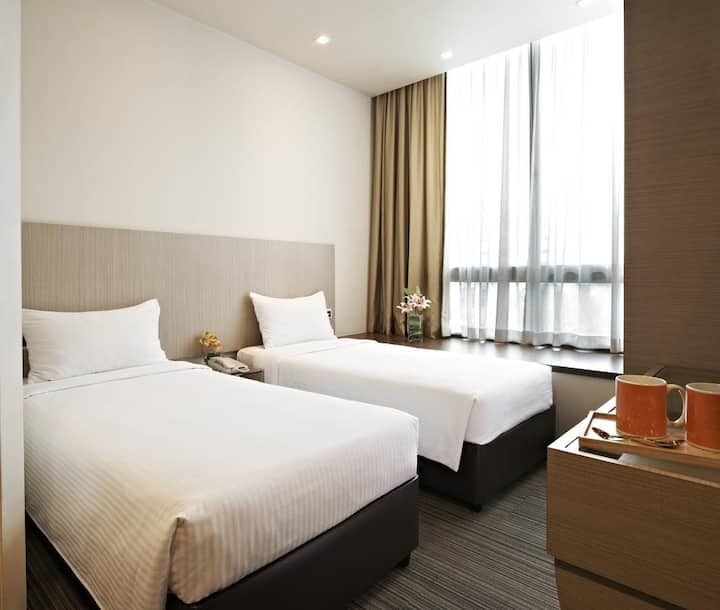 Deluxe Twin Room along Lavender Street