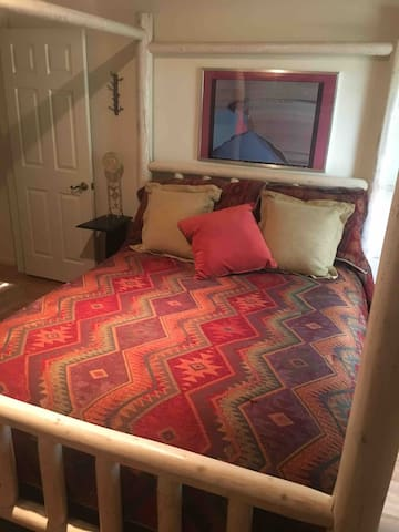 Comfy Queen Bed with quality linens