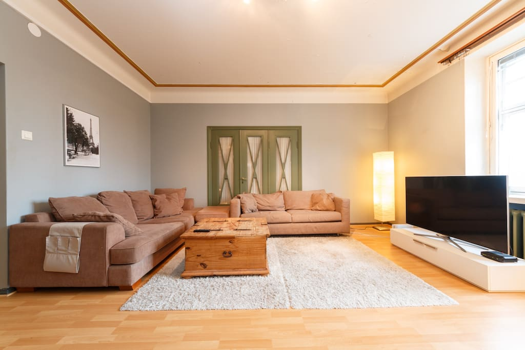 Living room - relax and watch TV