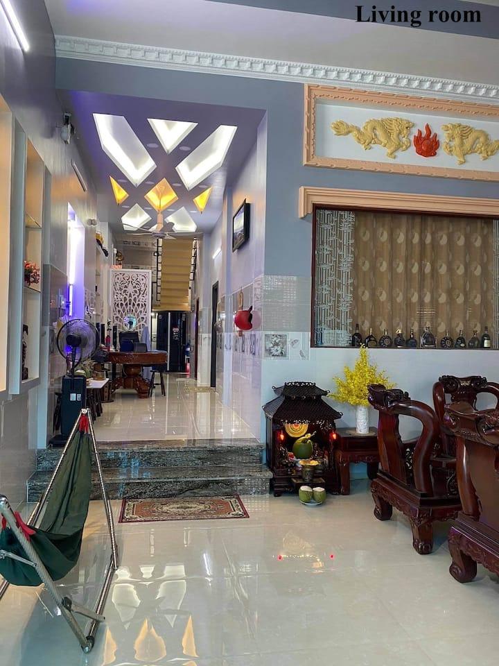 Entire house or Shared room Near Hồ Chí Minh City!