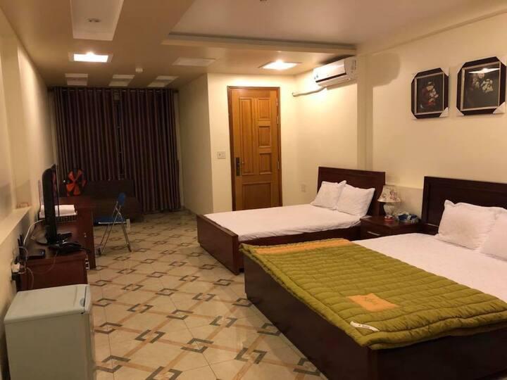 Nice Family Room Cheap - Hoang Kim Hotel