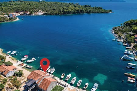 Holiday apartment with 2 bedrooms on 60m² in Slano