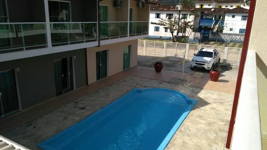 Lagoinha apartamento com piscina
