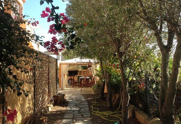 sobria casavacanze villetta Pesca - San Teodoro - Apartamento