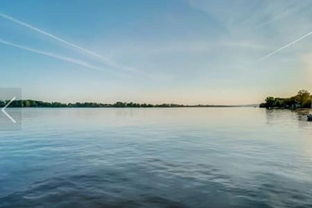 Chalet bors de l'eau, 45 min de Montréal/Laval