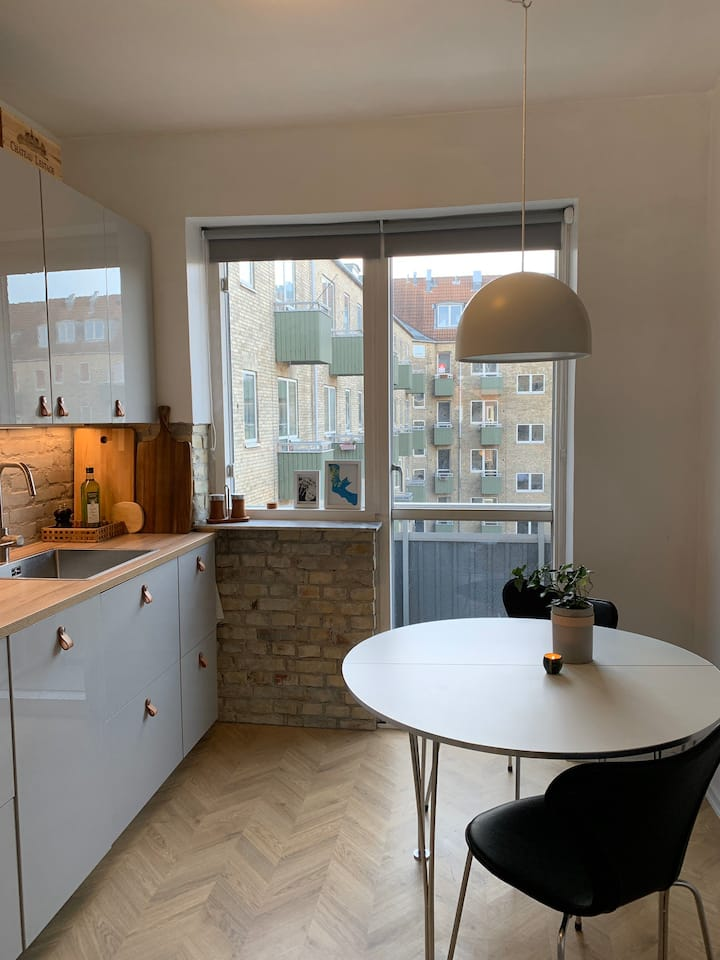 New central flat with view - close to everything