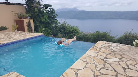 Casa Castillo: Million Dollar View Of Lake Apoyo