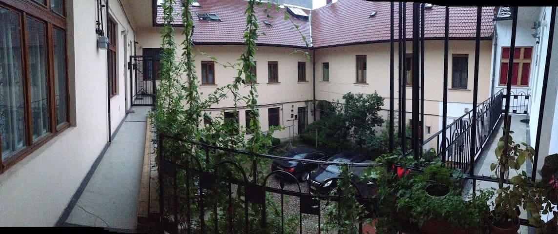 Ultracentral apartment, Iuliu Maniu - Cluj-Napoca - Apartment