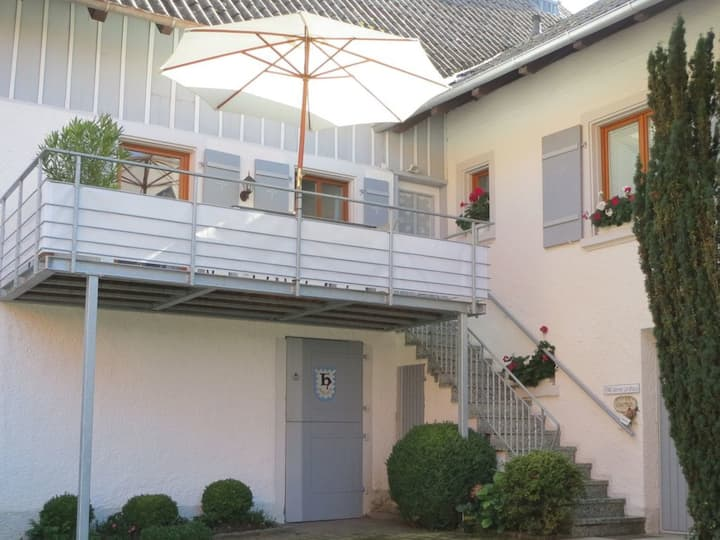 """Modern Vacation Home """"Kleines Landhaus Bodensee"""" close to Lake Constance with Lake View, Wi-Fi & Balcony; Parking Available"""