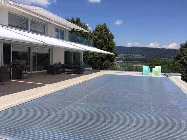 Deluxe Doppelzimmer Whirlpool/Pool nahe Zürich