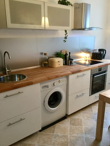 Central apartment / close to the fairground - Hannover - Apartemen