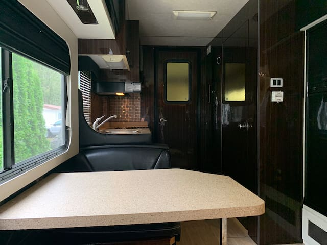 "The MoHo - Renovated 32"" Motorhome with garage"